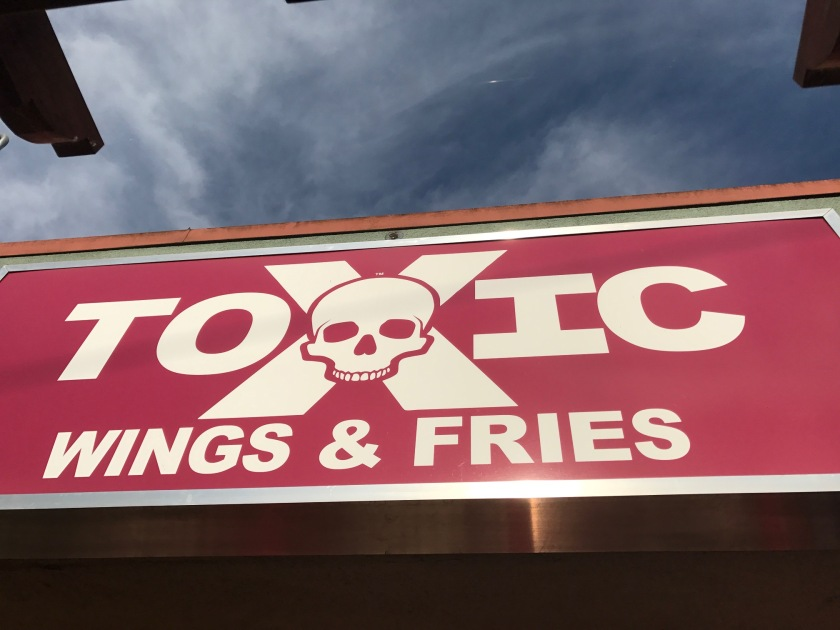 toxic_wings_and_fries_23