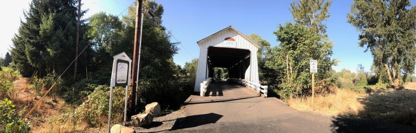 Northeast entrance of Gallon House Bridge