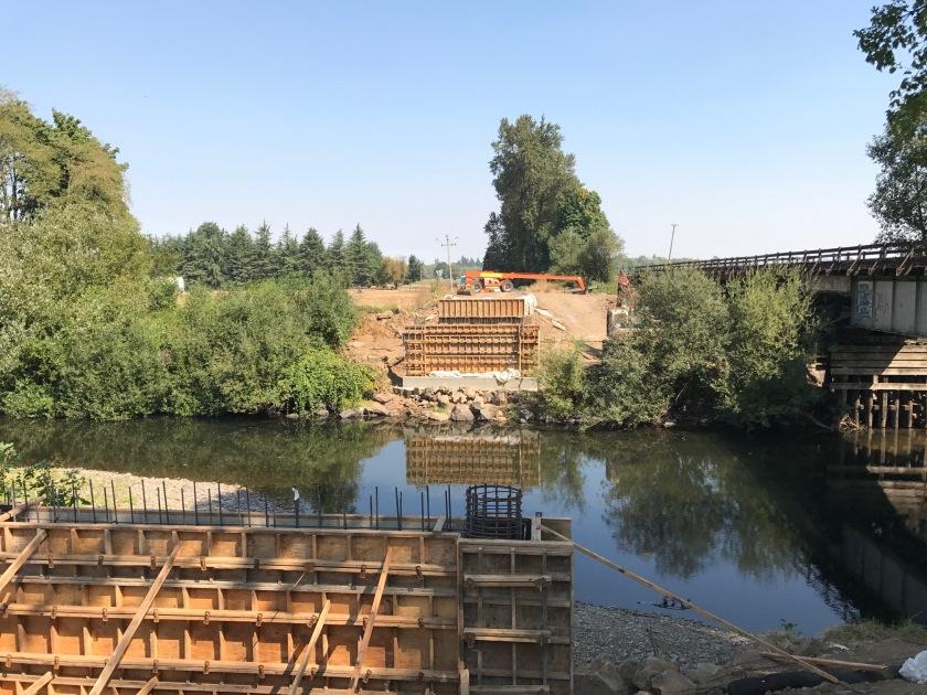 Gilkey Bridge's new supports